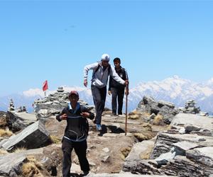 http://www.ypspatiala.in/upload/activities/treks__tours__8359573143.jpg